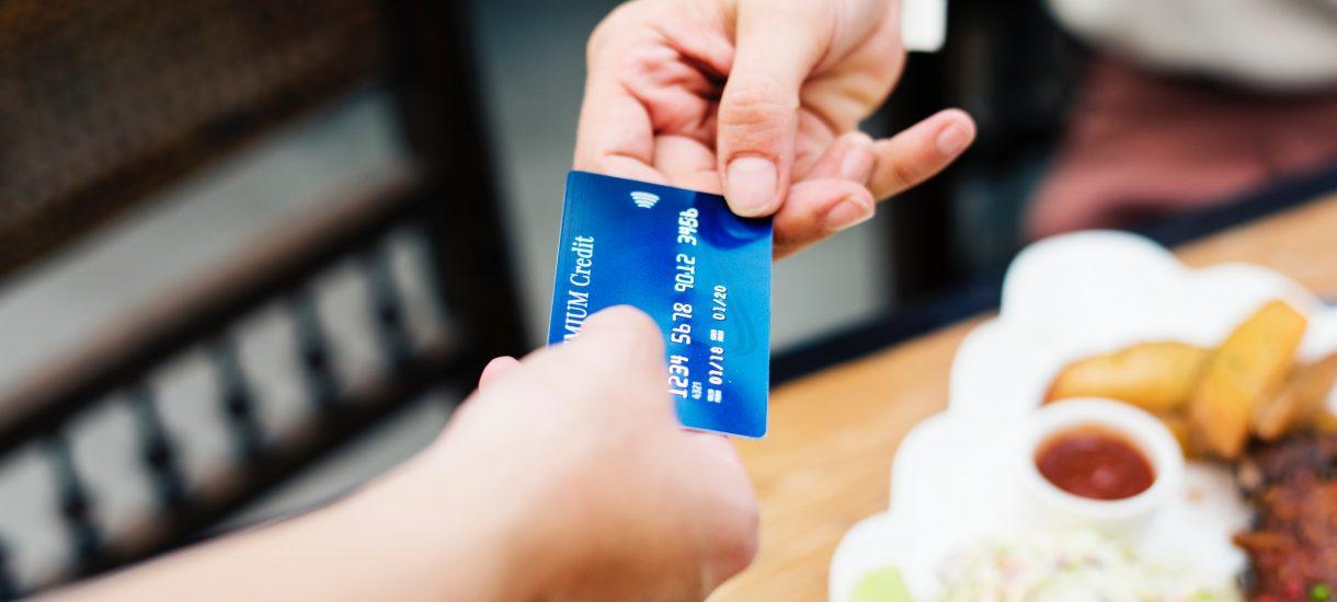 mBank od lutego wychodzi z bardzo atrakcyjną ofertą do klientów. Prawie wszystko za darmo