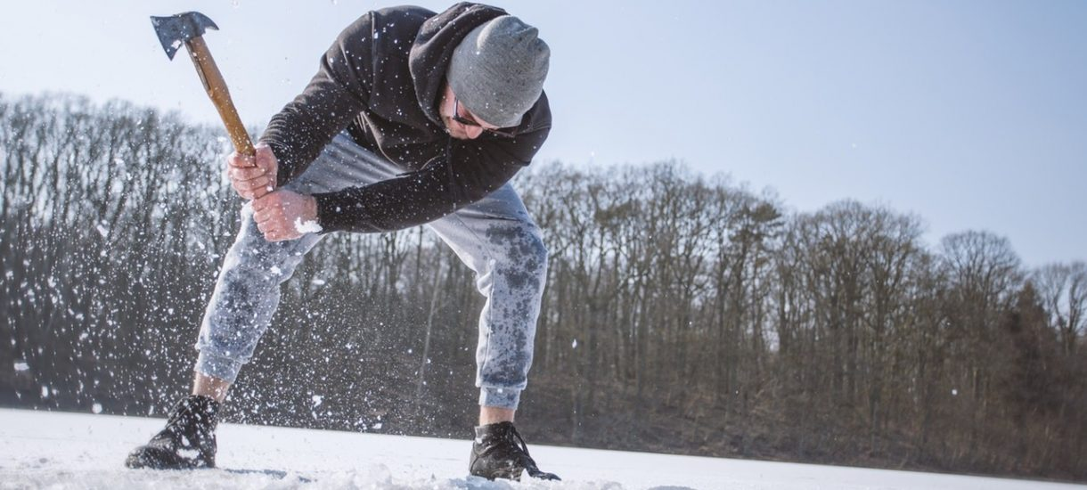 Obowiązki pracodawcy zimą – o co trzeba zadbać? Państwowa Inspekcja Pracy przypomina o najważniejszych przepisach