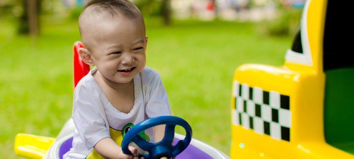Kraków myśli, czy nie zakazać… odwożenia dzieci do szkół samochodem