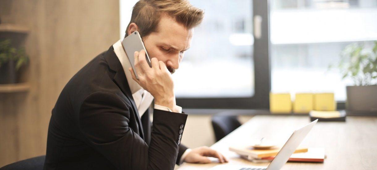 Jeśli nie odbierzesz telefonu służbowego, to w niektórych sytuacjach przełożony może wyciągnąć konsekwencje