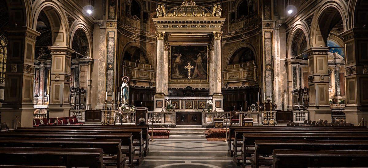 Fundusz Kościelny mógłby zostać zlikwidowany, bo duchowni już dawno otrzymali z powrotem swoje majątki