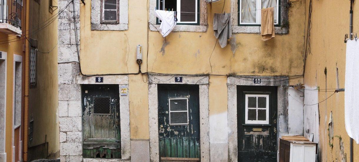 Najtańsze mieszkania w Polsce, czyli kawalerka w cenie używanego auta
