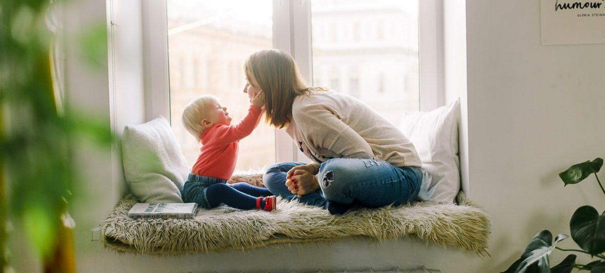 Zmiany w 500 plus – samotni rodzice bez prawa do alimentów otrzymają świadczenie. Zmieni się również kryterium dochodowe