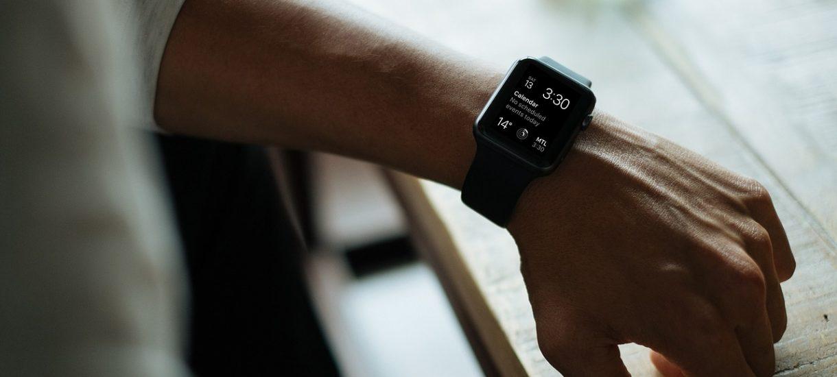 Smartwatch to dla wielu głównie gadżet, ale przedsiębiorca i tak może go wliczyć w koszty uzyskania przychodu