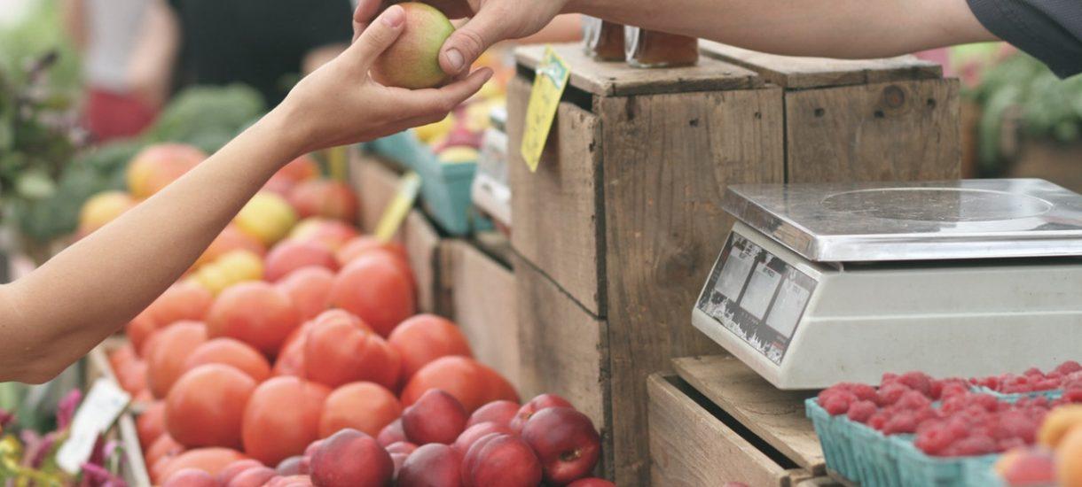 Za jedzenie będziemy płacić wyłącznie więcej – NBP straszy nowym raportem o inflacji