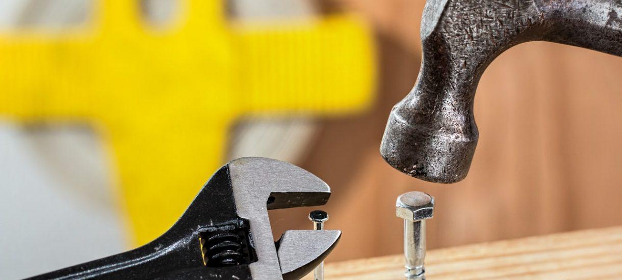 Pracownik może uszkodzić sprzęt lub go ukraść, ale pracodawca i tak ma obowiązek zapewnić mu kolejny