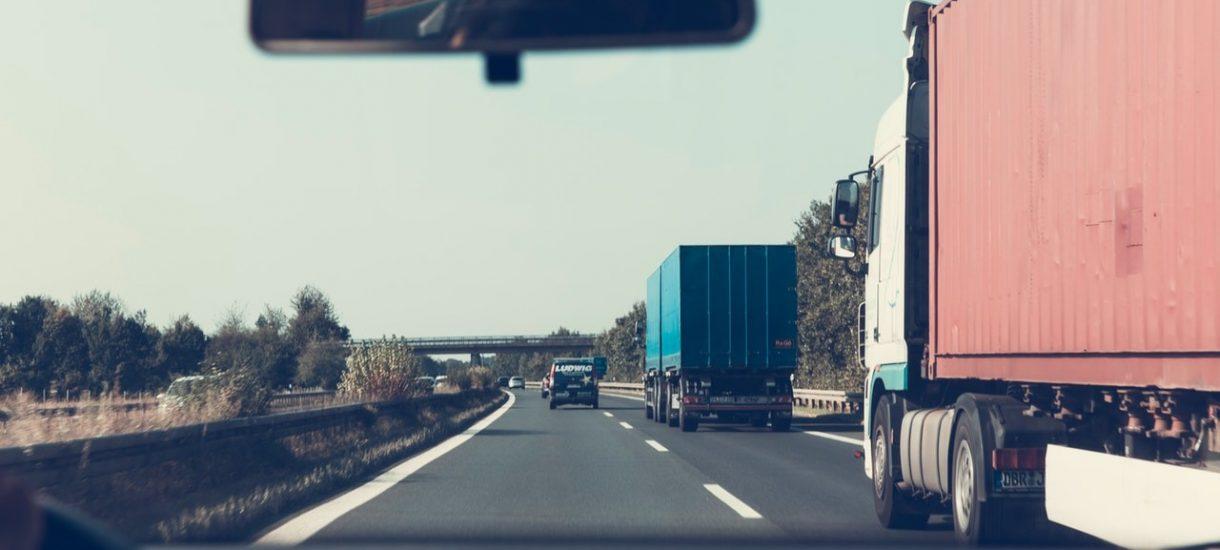 Czas pracy kierowcy 2019. Firmy transportowe łatwo gubią się w jego liczeniu