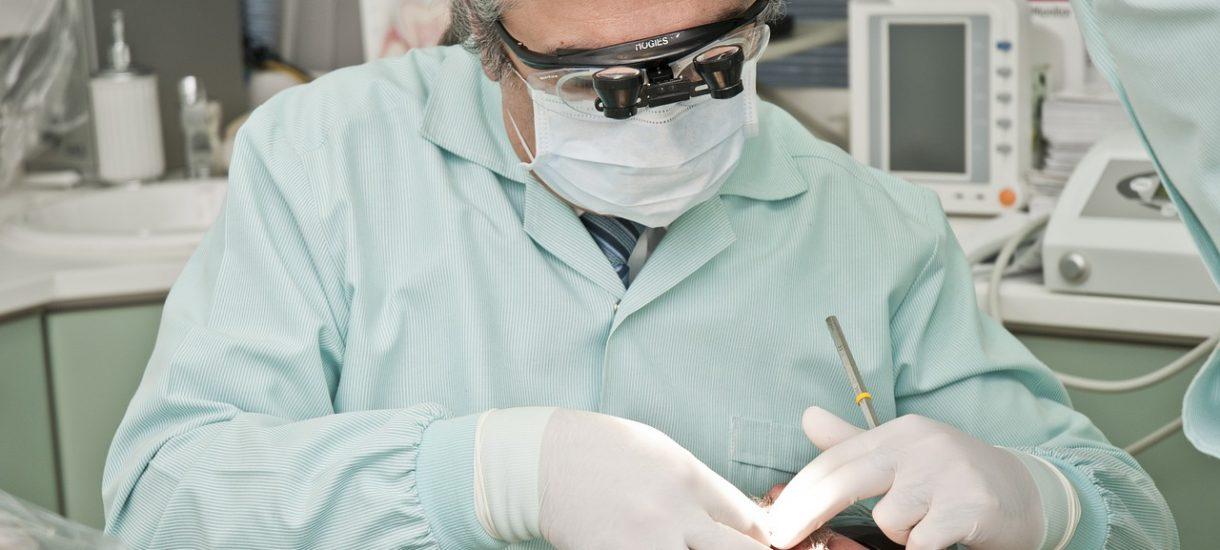 Czy dentysta może wystawić zwolnienie lekarskie?