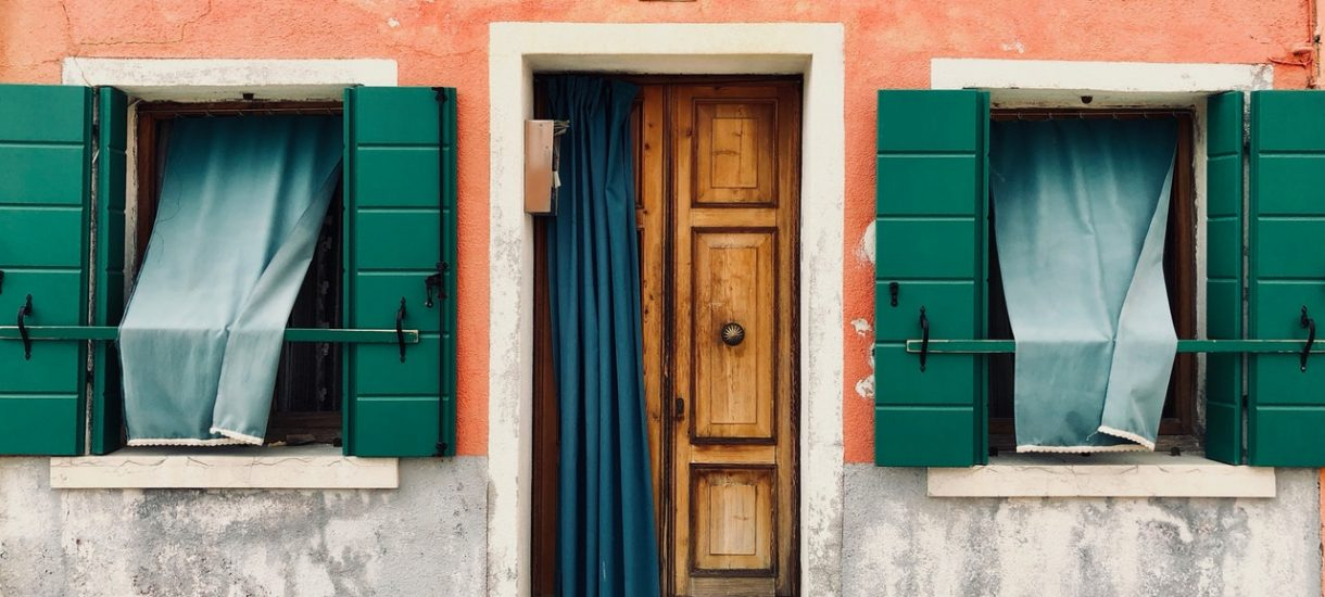 hipoteka własność banku