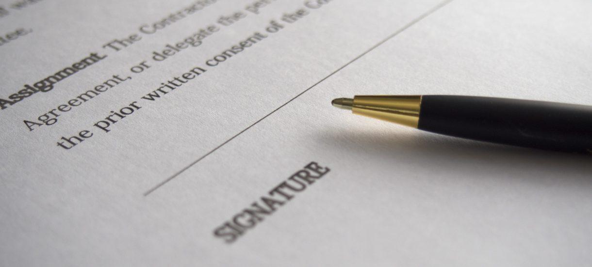 Kartą u notariusza podatku czy opłaty nie zapłacisz, nie bez powodu