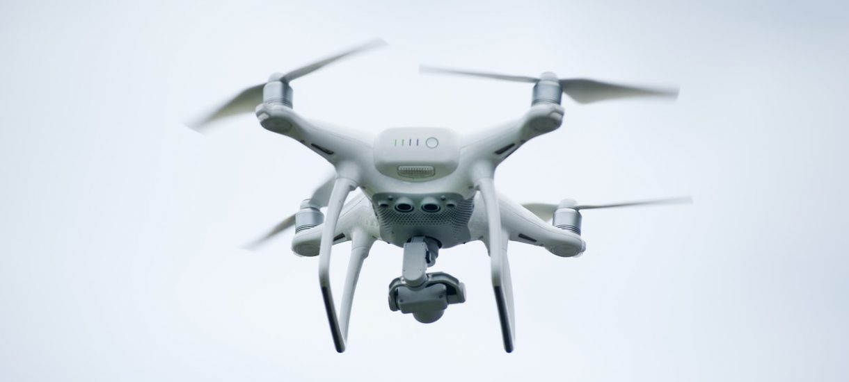 Policyjne drony zawisną nad skrzyżowaniami. To nie jest jedyna nowa metoda kontroli drogowej