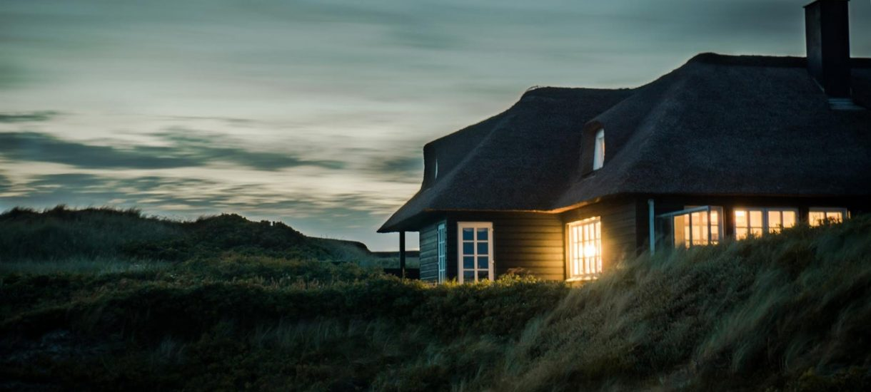 Wybudowałeś dom bez odpowiedniego zezwolenia? Nic nie szkodzi, rząd przymknie na to oko