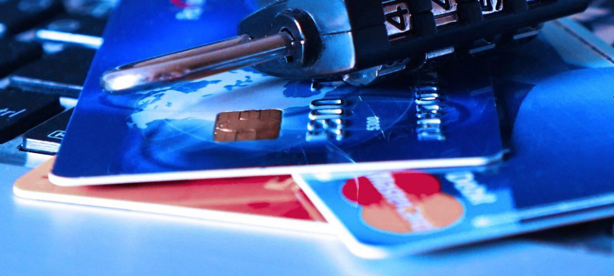 Awaria w Santander Bank i Credit Agricole. Klienci mają problemy z płatnością kartą