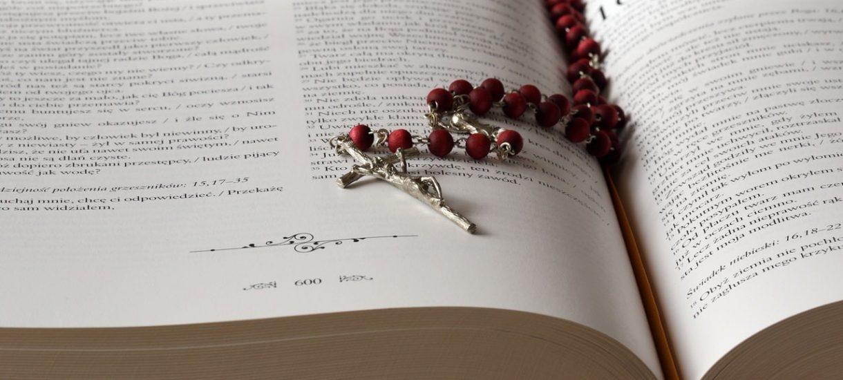 Księża uczą fiskusa szacunku do prawa i wykonywanego zawodu