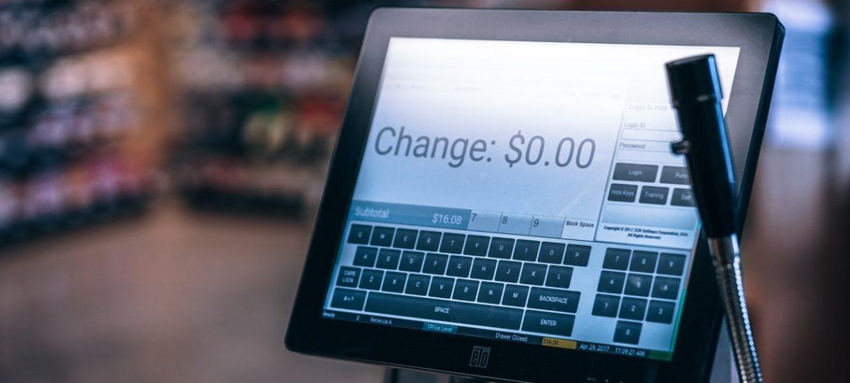 Narzędzie do walki z cwaniactwem przedsiębiorców – kasy fiskalne online już od maja