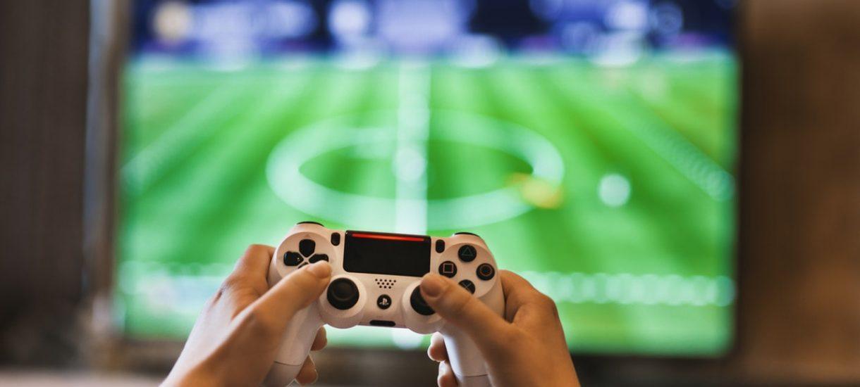 Dziesięciolatek wydał 1500 zł na gry. Matka domaga się zwrotu pieniędzy od sprzedawcy