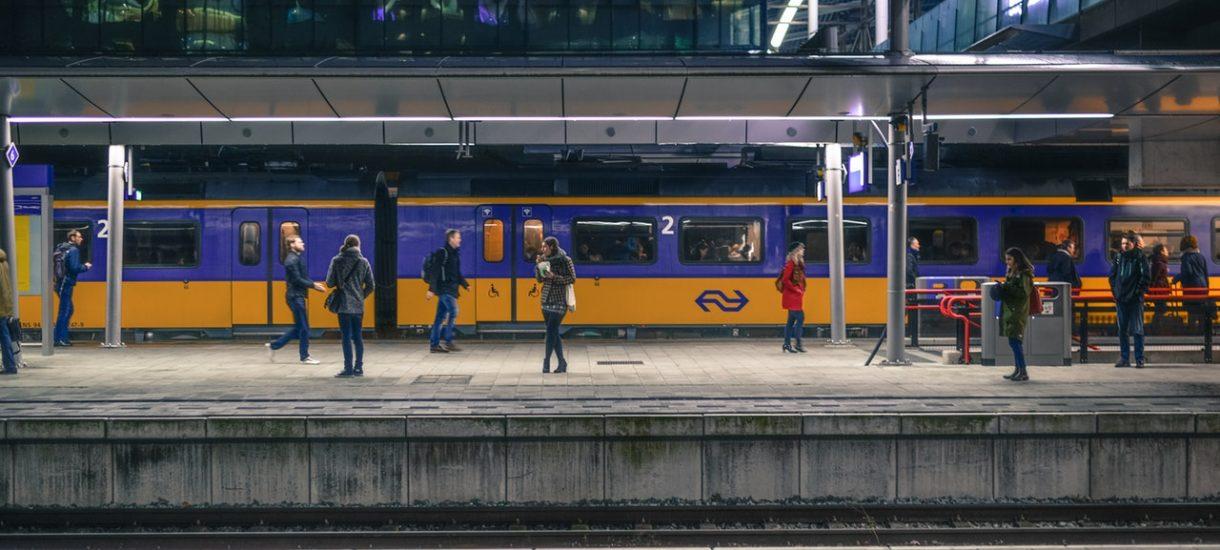 Definicja opóźnienia pociągów została zmieniona przez Urząd Transportu Kolejowego. Co to oznacza dla pasażerów?