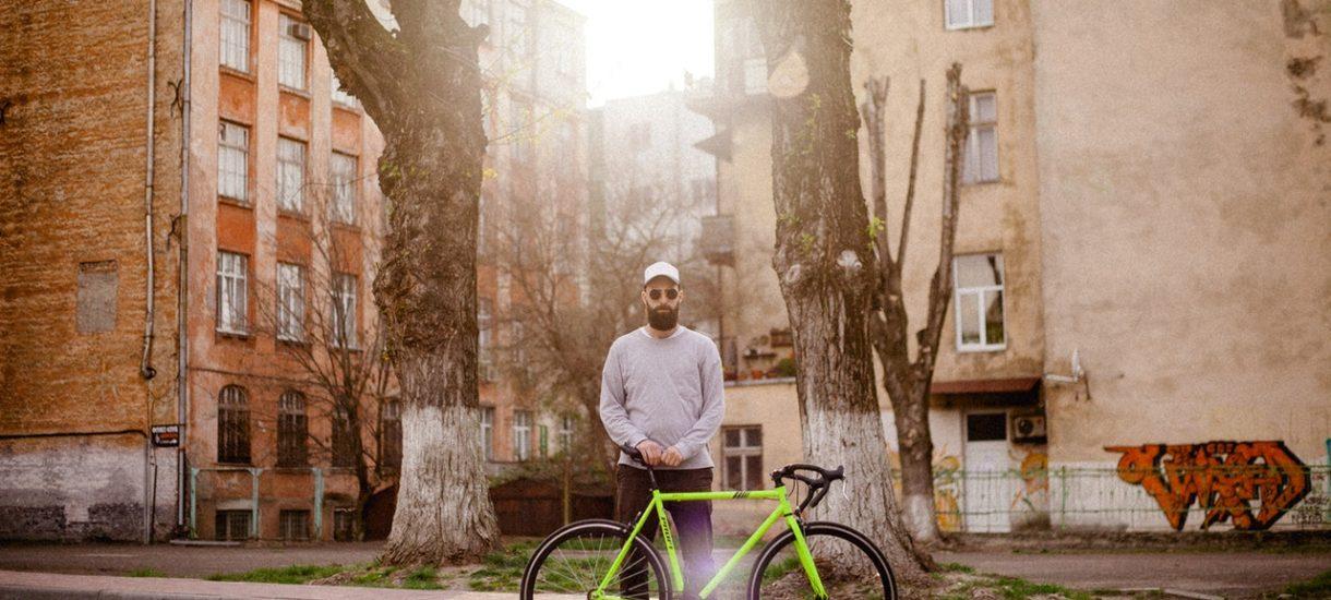 Przejście dla pieszych a przejazd dla rowerów to dwie różne rzeczy. Rowerzyści nie wiedzą, jak poprawnie przejechać przez przejście