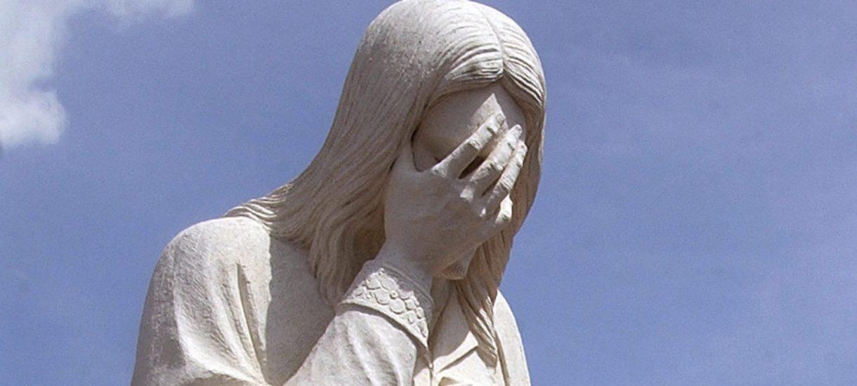 """Tak obrzydliwa jeszcze Fronda nie była. Za zabójstwo 10-latki z Pożarzyska obwinia """"parady zboczeńców"""""""