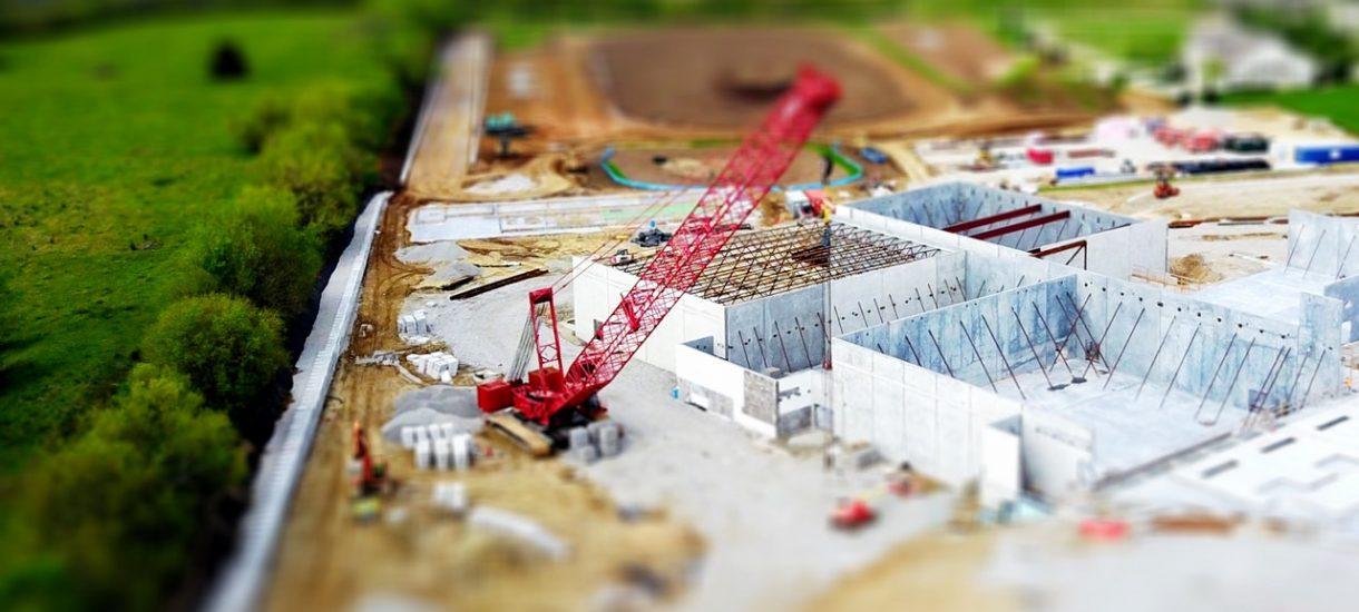 Usługa budowlana wykonana dopiero w dniu sporządzenia protokołu. Ale ministerstwo ostrożne wobec orzeczenia TSUE