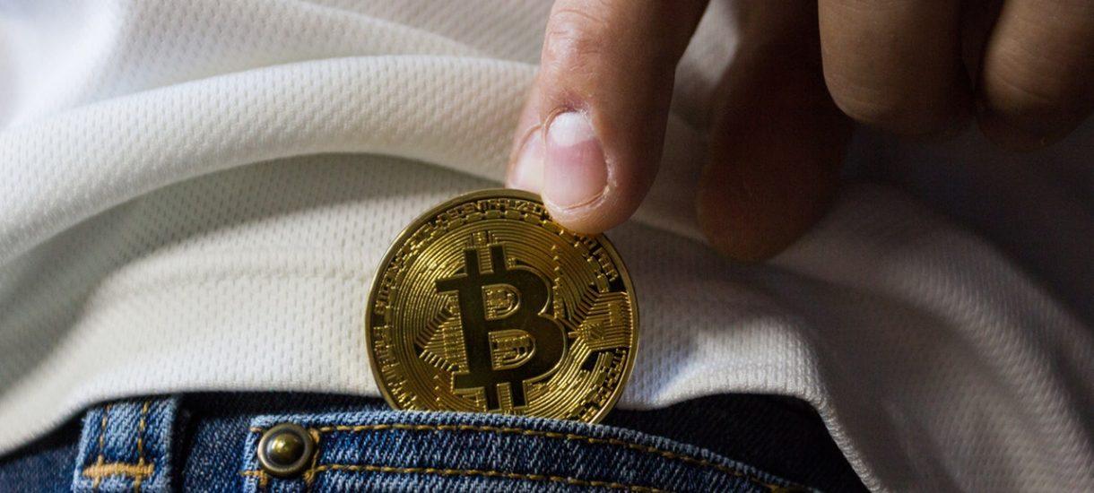 Koparka bitcoinów w szkole w Skierniewicach. Wszystko zaczęło się od strajku nauczycieli