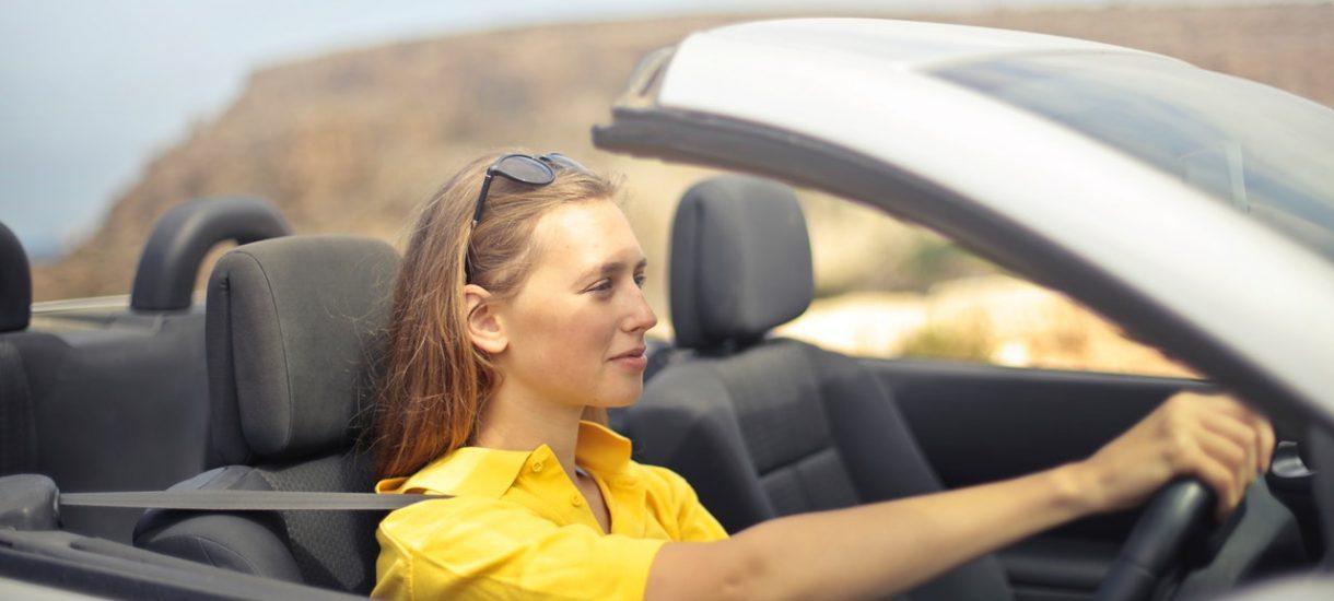 """Nadmierna """"troska"""" egzaminatora doprowadziła do unieważnienia przez sąd egzaminu na prawo jazdy, mimo że nie było w tym winy kursantki"""