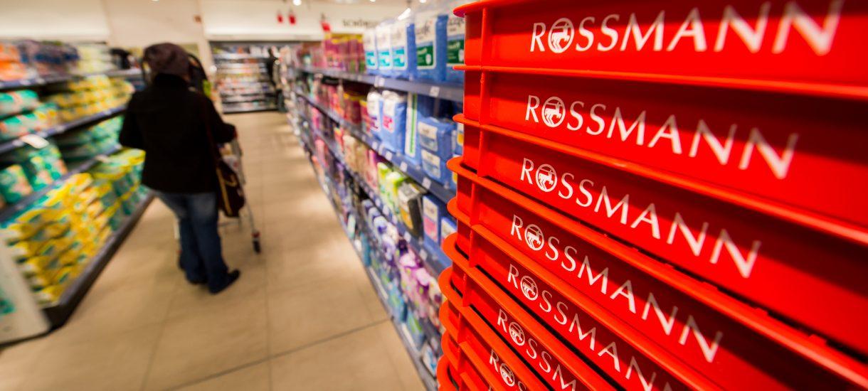 Absurd w Rossmannie. Oceniać produkty mogą tylko członkowie Klubu Recenzentów, czyli… tylko pracownicy sieci