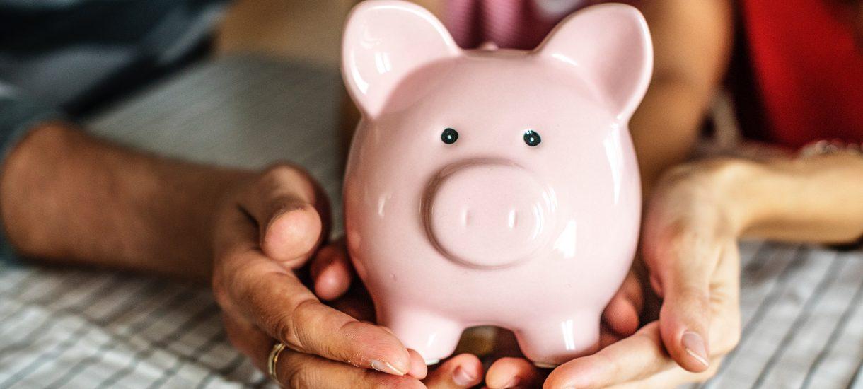 Pieniądze na koncie oszczędnościowym dziecka należą do niego, czy do rodzica?