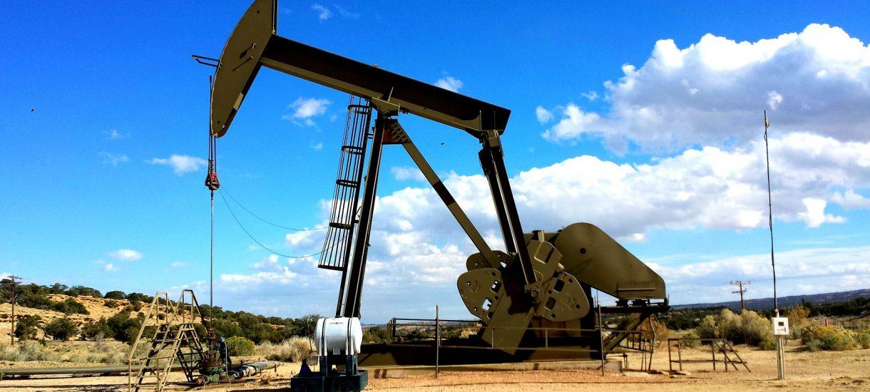 Wydobycie ropy w Wenezueli spada na łeb na szyję bo… nie ma pieniędzy na jej wydobycie