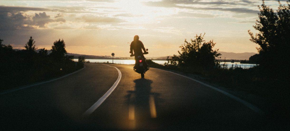 Czy zastanawialiście się ile wypadków powodują kierowcy, którzy jeżdżą motocyklami o pojemności do 125 cm³?