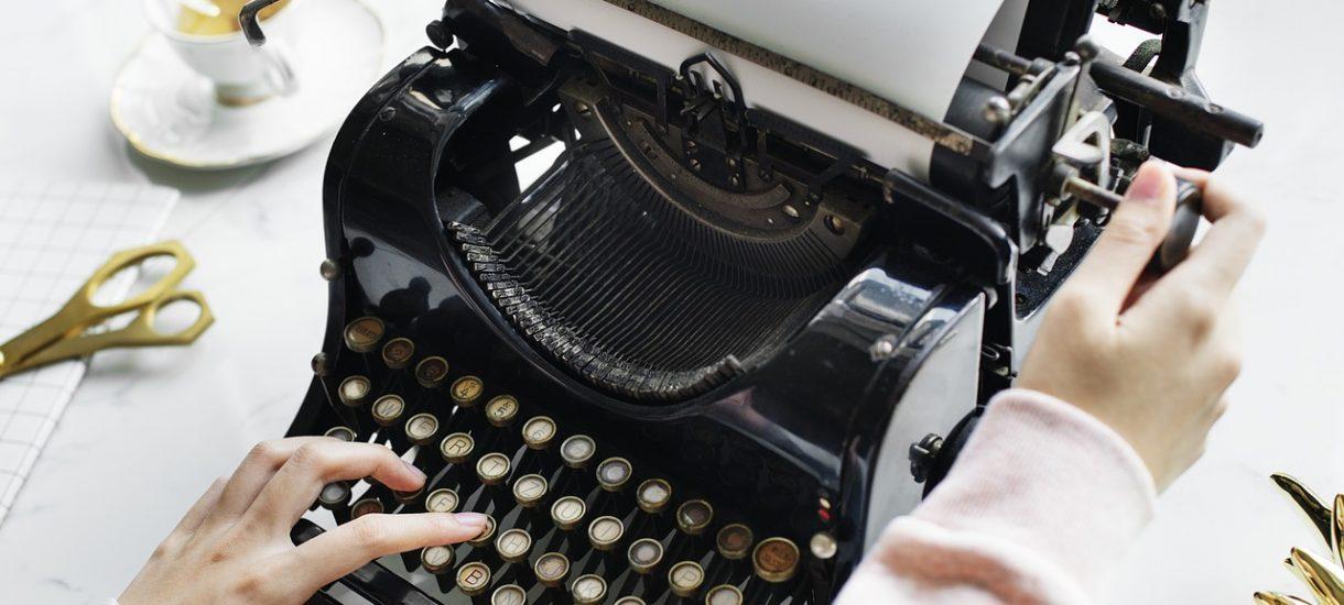 Ghostwriting, czyli obustronna zgoda na naruszenie prawa autorskiego