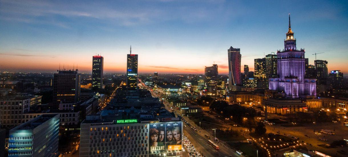 Ile osób mieszka w Warszawie? Zdaniem operatora Orange – ponad 2 miliony
