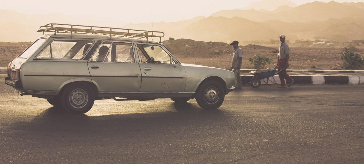 """Jest kilka skarg na reklamę Peugeot. """"Za cyniczne i obłudne wykorzystanie zjawisk na świecie"""""""