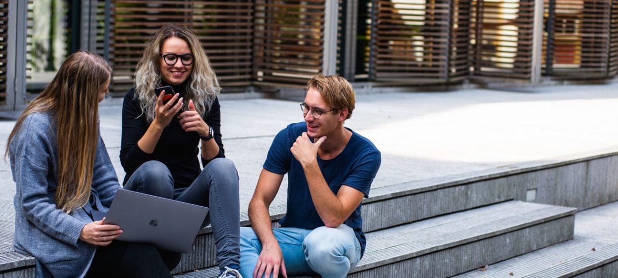 Studencie, musisz złożyć ZUS oświadczenie do 31 października, jeżeli nie chcesz utracić renty rodzinnej
