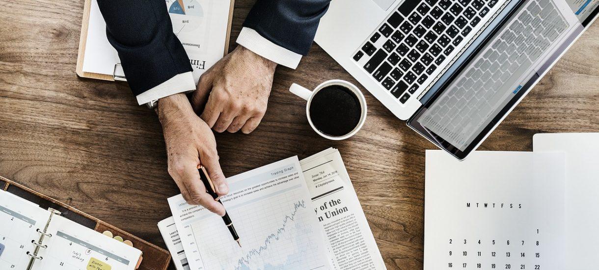 Jednoosobowa działalność gospodarcza czy spółka z o.o. – podpowiadamy, które rozwiązanie wybrać dla naszej firmy