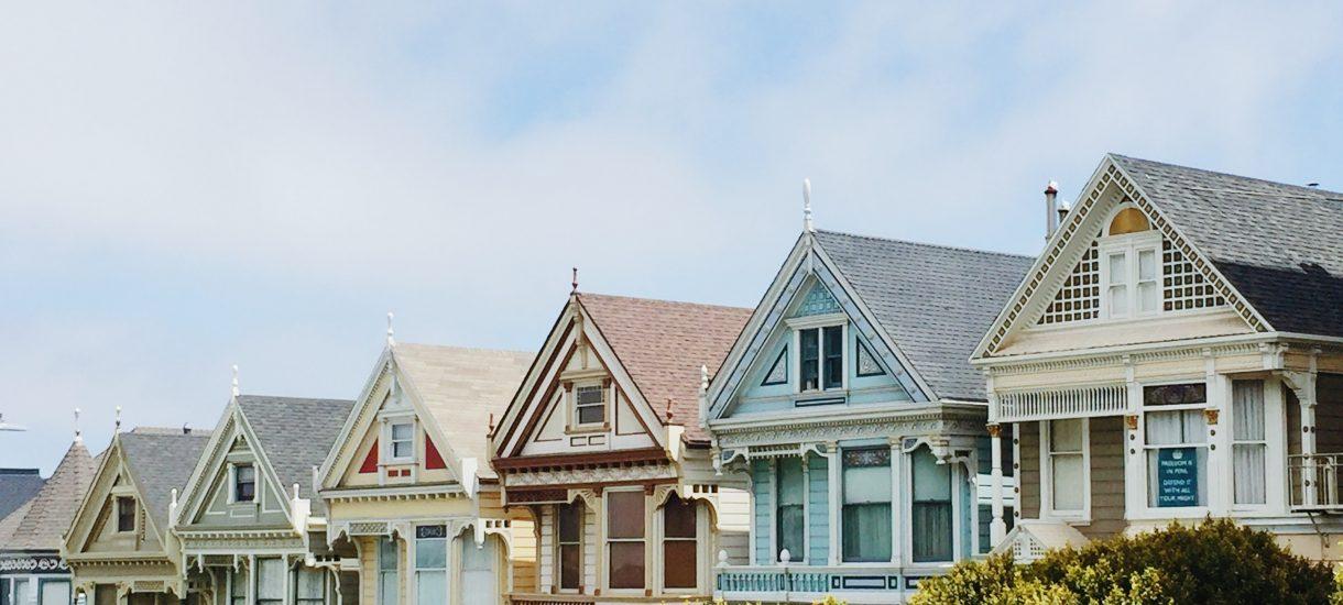 Będzie znacznie trudniej dostać kredyt na mieszkanie. I to w sumie dobrze, chociaż powód nie napawa optymizmem