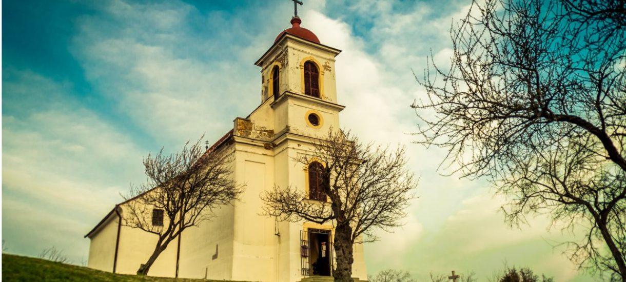 Kościół nie może dzwonić z wieży kościelnej kiedy chce i powoływać się na konkordat, bo zagraża środowisku