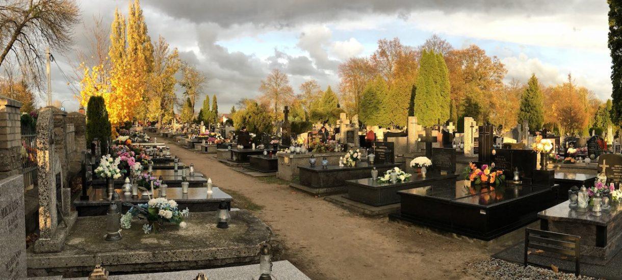 Wszystkich Świętych i Zaduszki to dobry moment na rozmowę o tym, że czas wreszcie skończyć z tym cmentarnym paździerzem