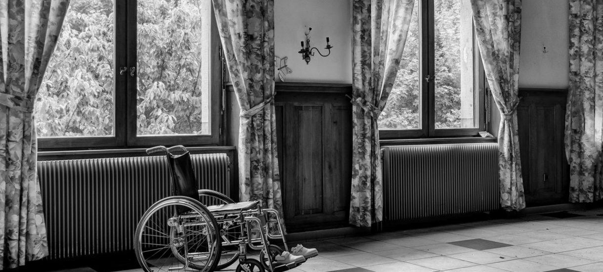 Trzynastą emeryturę sfinansują niepełnosprawni. To nowy pomysł PiS na realizację obietnicy wyborczej