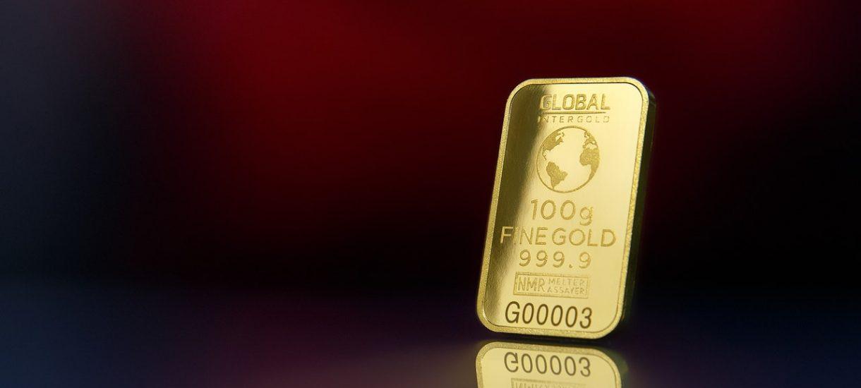 Polskie złoto wróciło do kraju z Londynu. NBP w tajnej akcji sprowadziło 100 ton tego kruszcu z brytyjskich skarbców