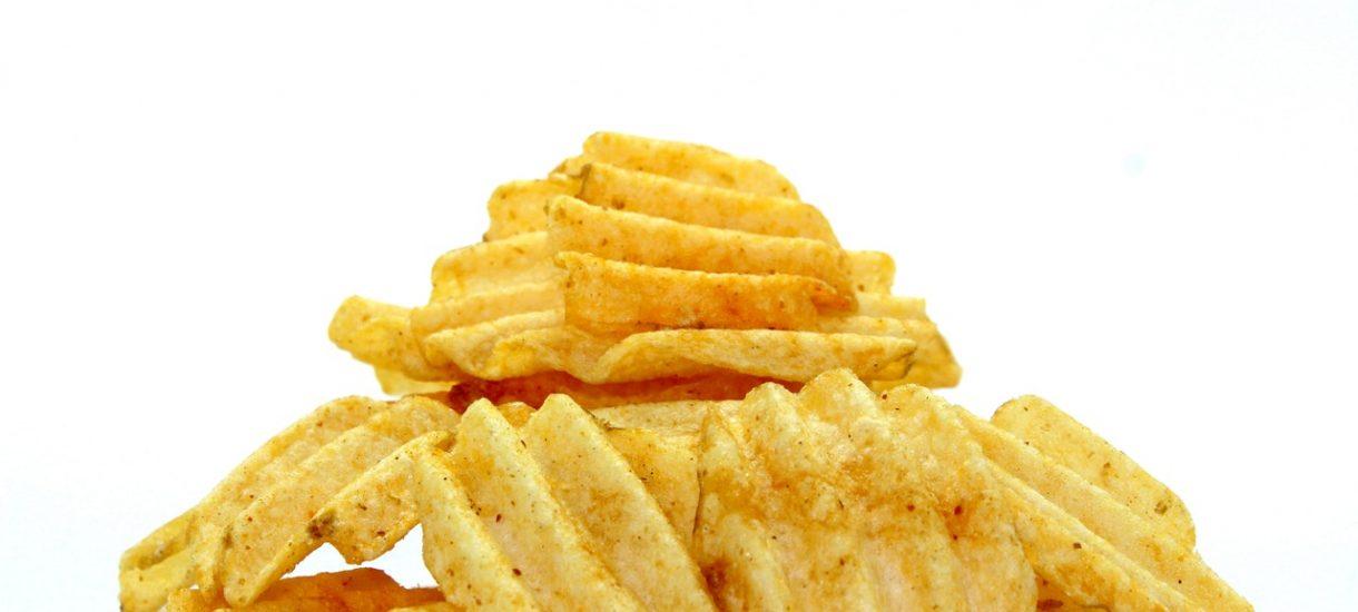 Rządzący chcą podwyższenia cen słodzonych napojów i obniżenia podatku na wafelki, czy chipsy