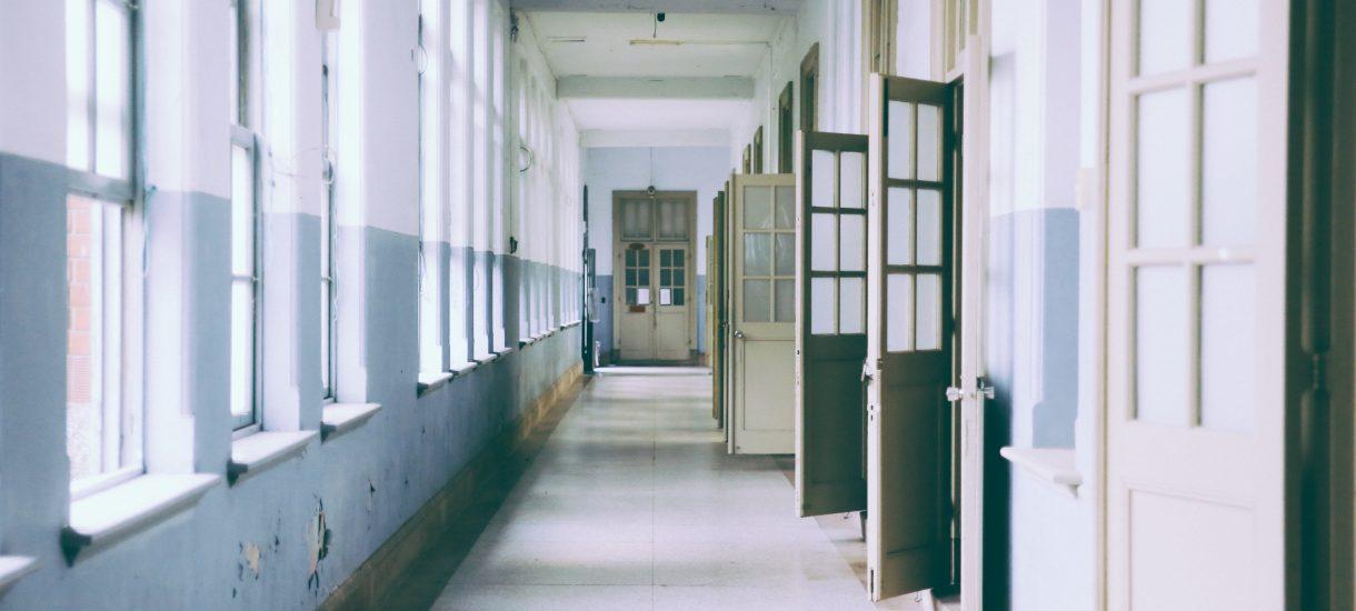 Polska szkoła wciąż znajduje się pod silnym oddziaływaniem modelu wywodzącego się z dziewiętnastowiecznych Prus