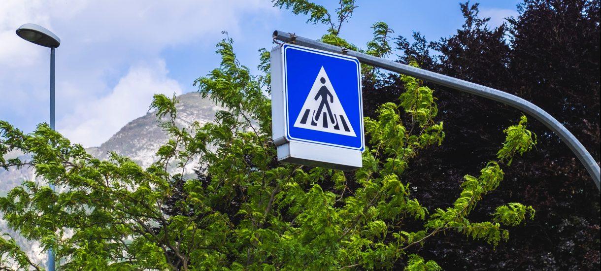 Ludziki na znakach drogowych to mężczyźni. Zdaniem niektórych to forma dyskryminacji, dlatego w Genewie na znakach pojawią się też kobiety, seniorzy i homoseksualiści