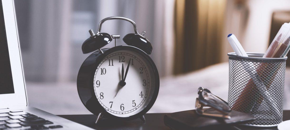 Nie zawsze, gdy pracownik spędzi w pracy ponad 8 godzin, otrzyma wynagrodzenie z tytułu nadgodzin
