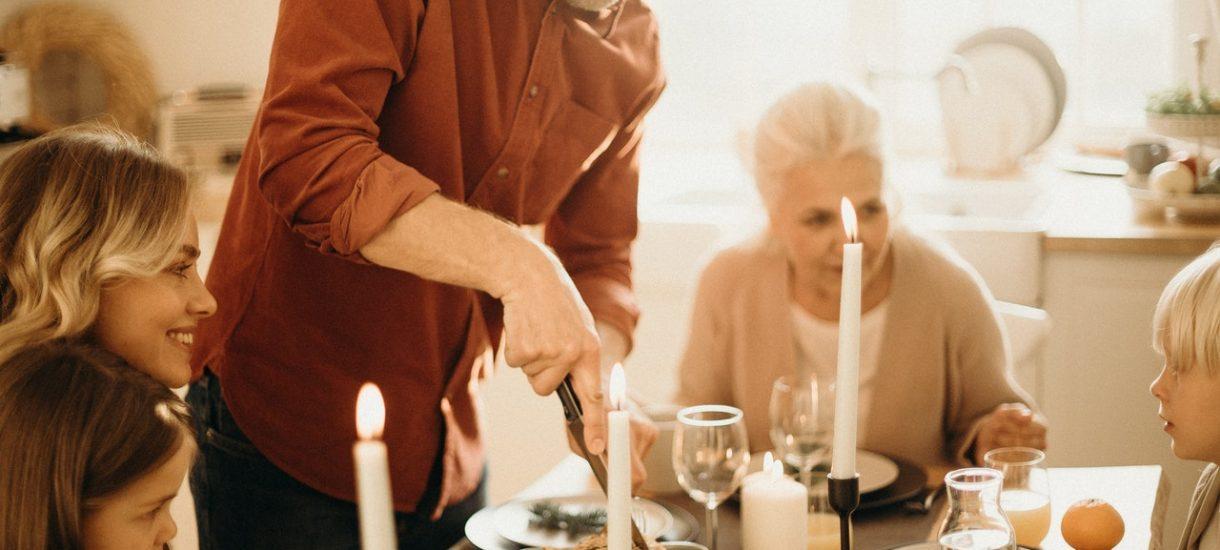 Możesz wziąć kredyt hipoteczny z rodzicami, rodzeństwem, a nawet z obcą osobą. Jest jednak kilka warunków