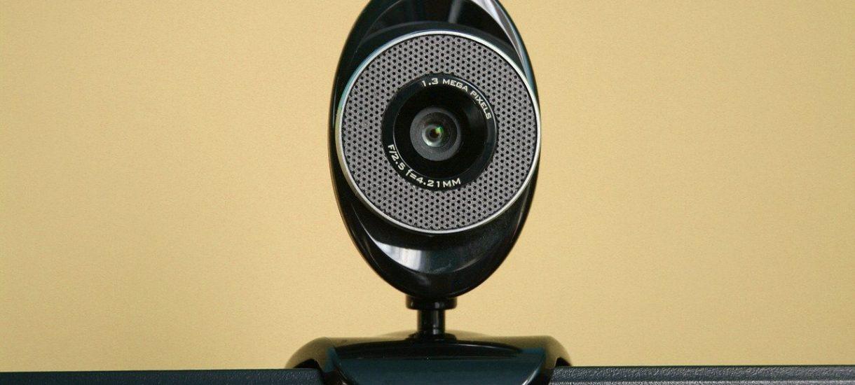 Większość korzystających z kamerek internetowych (np. do monitorowania dzieci) nawet nie zmienia domyślnego hasła