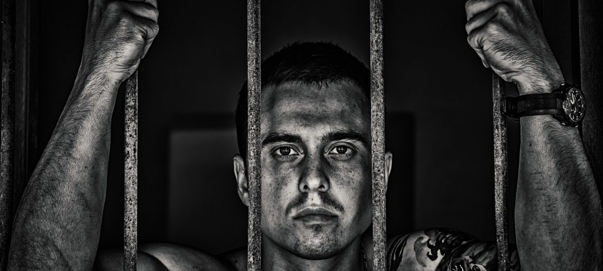 21 lat więzienia za niepoddanie się kwarantannie dla zarażonych koronawirusem