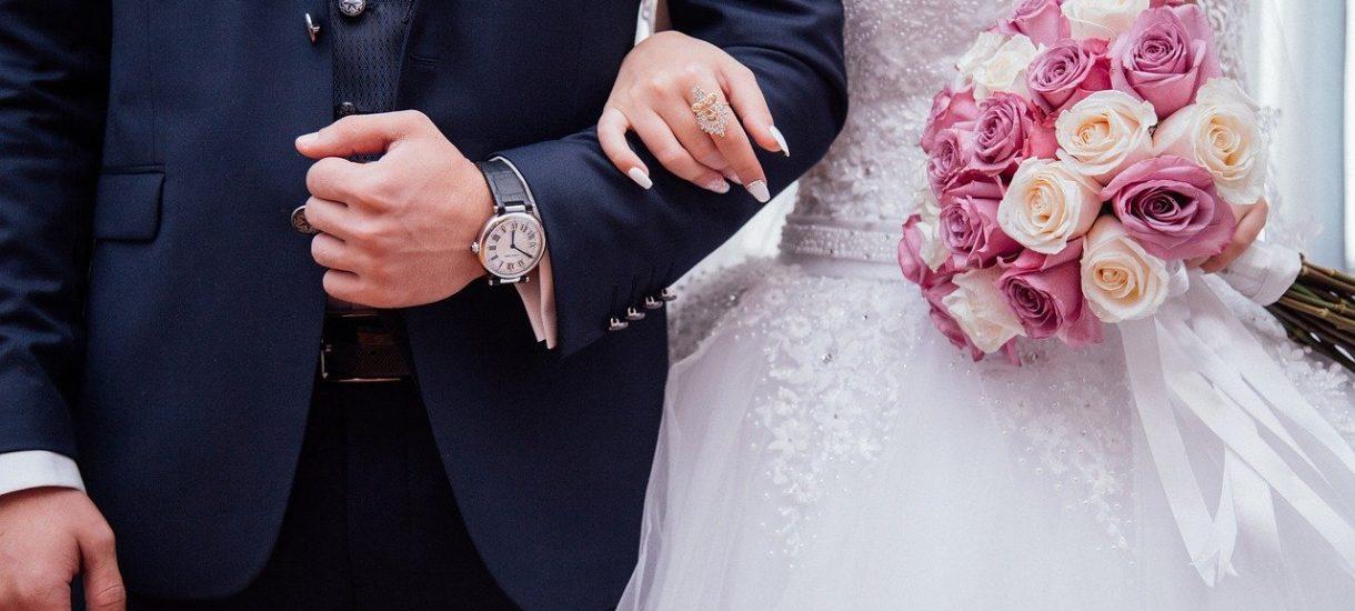 Wiele par przygotowania do wesela rozpoczęło nawet kilka lat wcześniej. Ze względu na koronawirusa uroczystości mogą jednak zostać odwołane