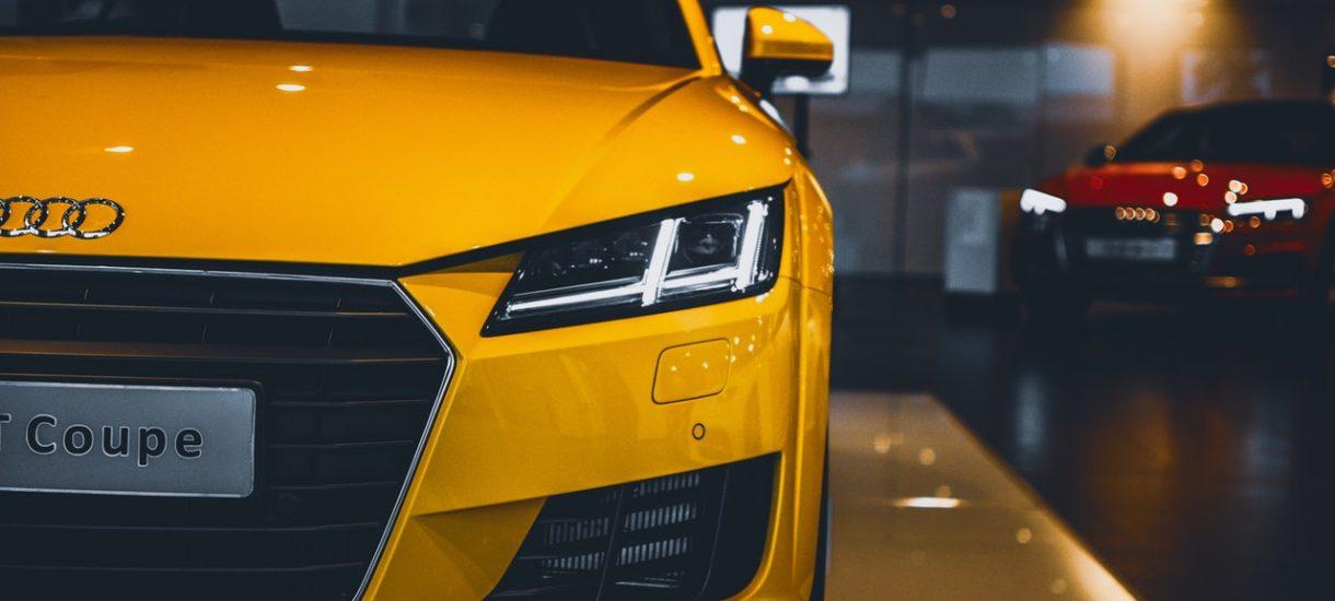 Czy zakup własnego samochodu przez przedsiębiorcę jest najbardziej opłacalną z opcji?