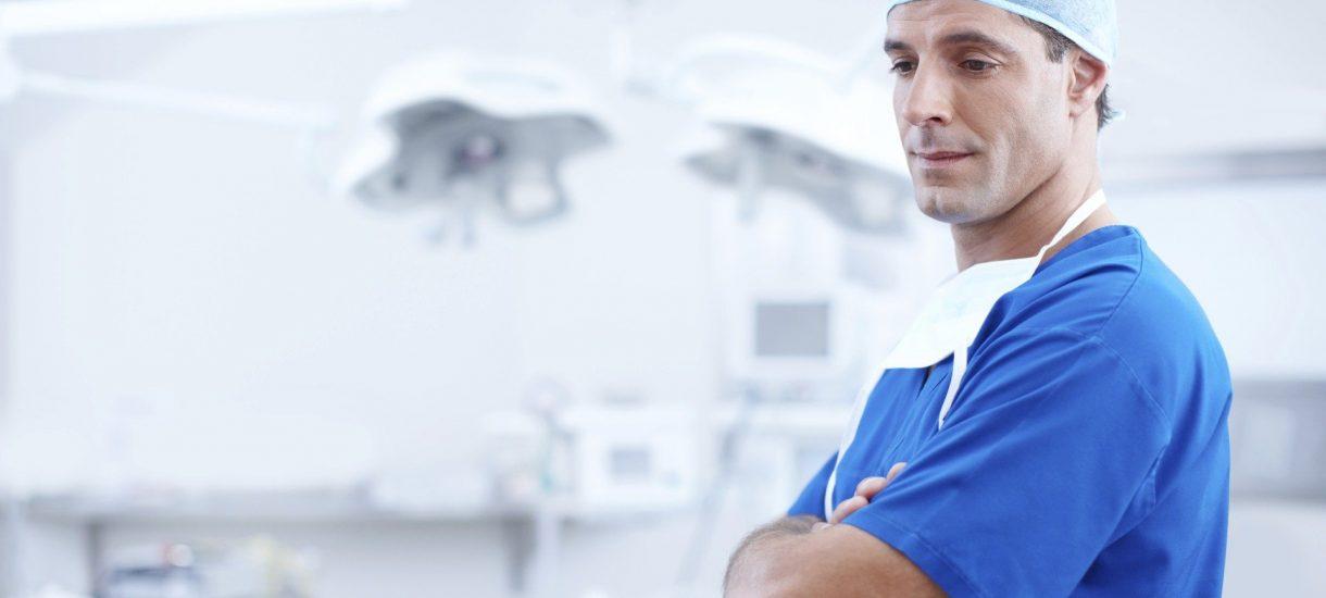 """""""10 000 plus"""" dla każdego lekarza. To nowa propozycja OZZL i zdaniem związku – """"najprostsze i najtańsze"""" rozwiązanie"""